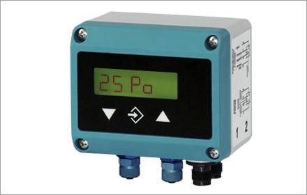 Цифровое реле/датчик дифференциальное давления DE45_LCD